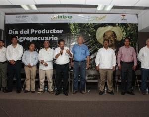 Más apoyos para el sector agropecuario