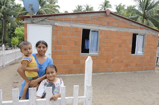 Avanza Tabasco en el  combate a la pobreza