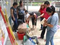 Entrega SE material de limpieza a escuelas afectadas por lluvias