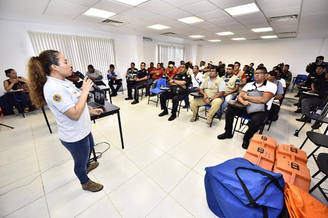 Capacitan a personal del IPC en atención de  emergencias químicas