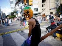 Siguen protestas y los bloqueos