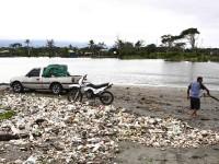 Caminos y ríos, un basurero
