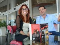 "Antonio Helguera recibe premio de ""La Catrina"""