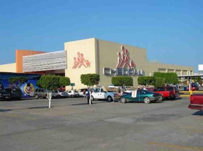 Cerrarán 30% de la Plaza Las Américas