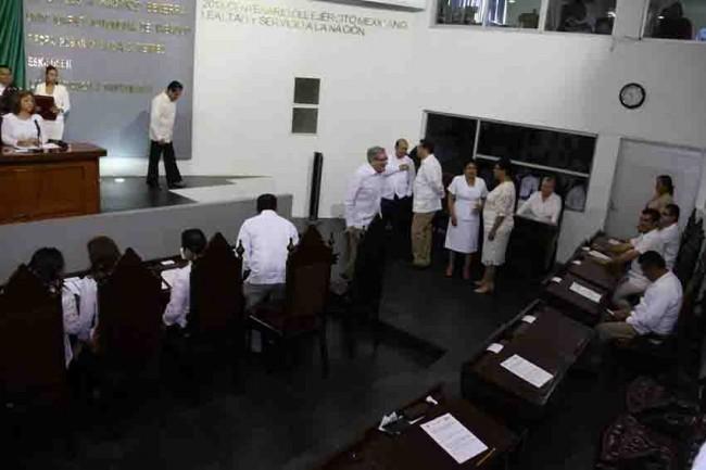 Piden diputados comparecencias de secretarios de Educación y SSP