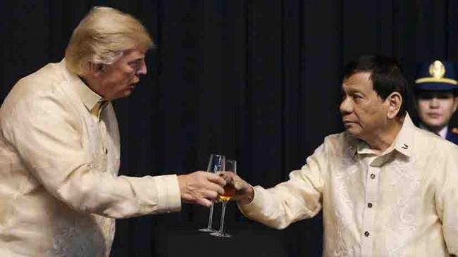 Trump y Duterte presumen amistad
