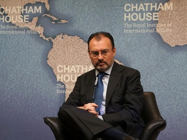 Pide Videgaray no confundir  elogios con decisiones políticas
