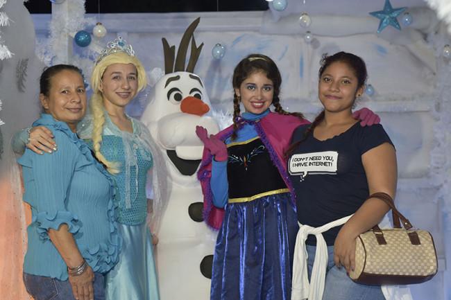 La magia del Castillo de Frozen en Festival Navideño