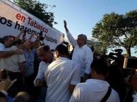 Llama Obrador a la unidad de los mexicanos