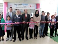 Inauguran la Aldea Digital Iztapalapa TELMEX Telcel