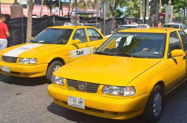 Alistan programa 'Taxi Seguro'