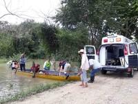 Llevan apoyos a afectados por desbordamiento de ríos