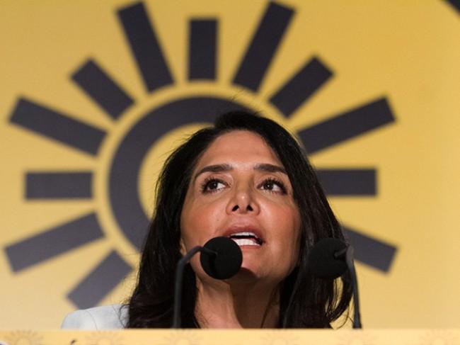 Gana Barrales encuestas como candidata del PRD