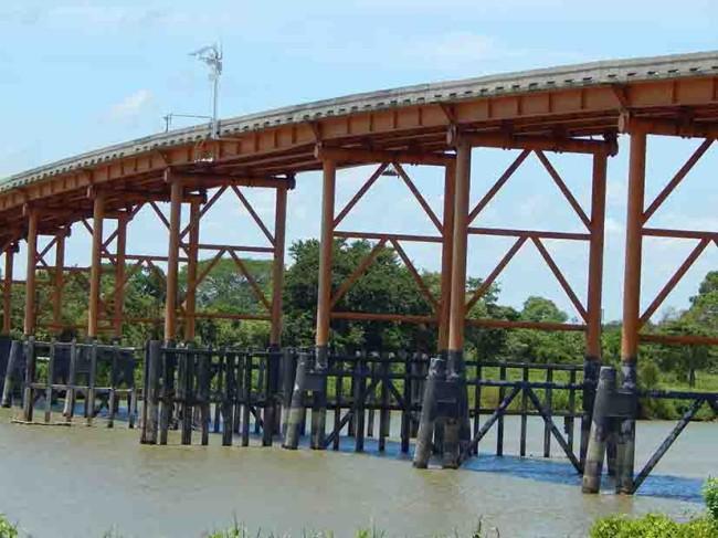 """Puente """"Jonuta"""" cumplió 31 años y la SCT lo ignora"""