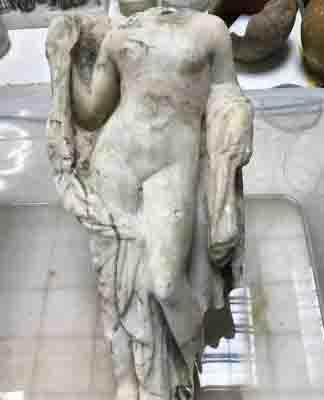 Hallan estatua de Afrodita