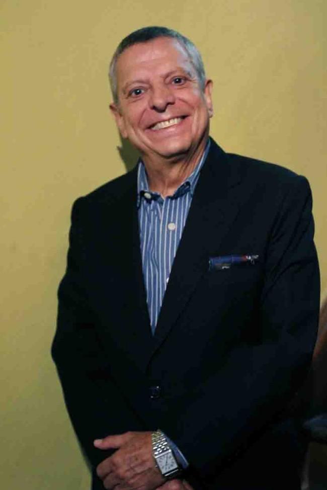 César Bono se  va a TV Azteca