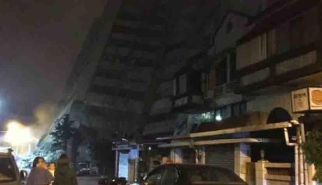 Colapsa hotel por sismo