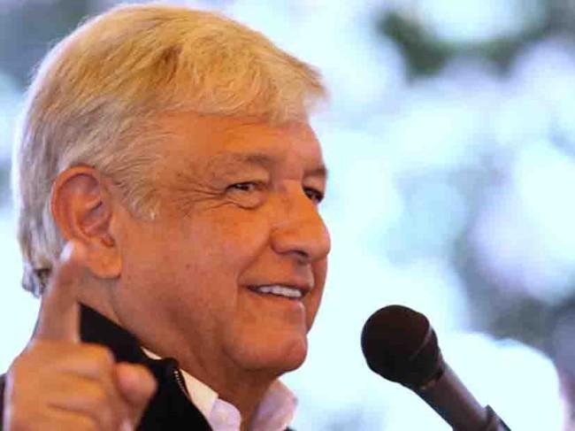 Anaya está manchado de corrupción, afirma  AMLO