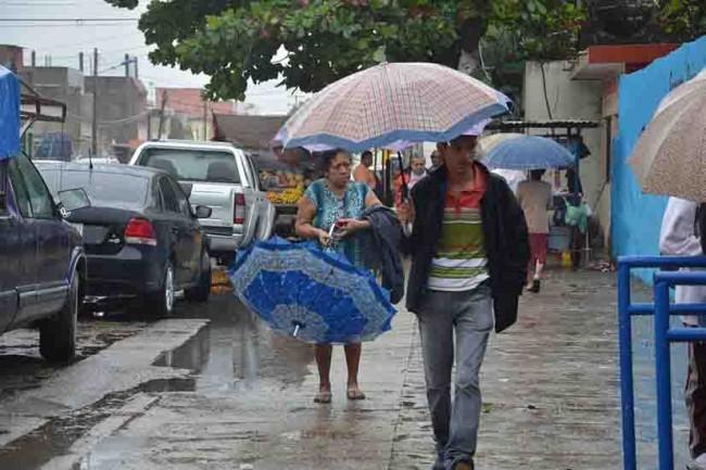 Prevén más lluvias  por frente frío 27
