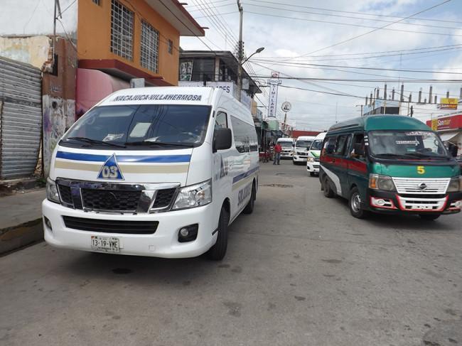 Transportistas aumentan el pasaje sin autorización