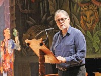 El destino de la poesía es desolador: David Huerta