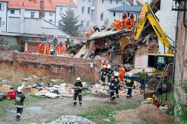 Colapsa edificio