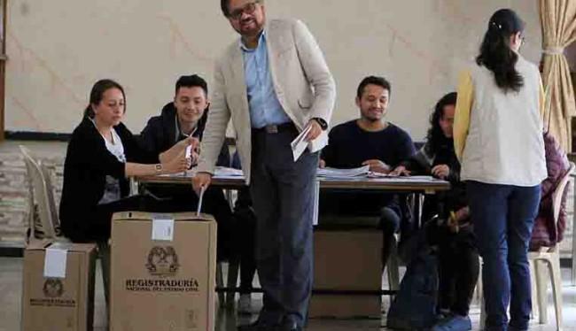 Afronta FARC prueba  de fuego en comicios