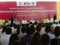 Abatir el rezago educativo mejorará nuestra sociedad