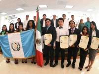 Realizan ceremonia de  graduación de 74 nuevos  profesionistas de la UPM