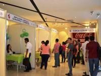 Empresas ofrecen vacantes a los desempleados locales