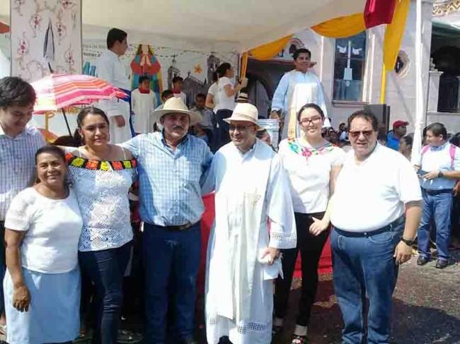 "Celebran con alegría a  ""San Fancisco de Asís"""