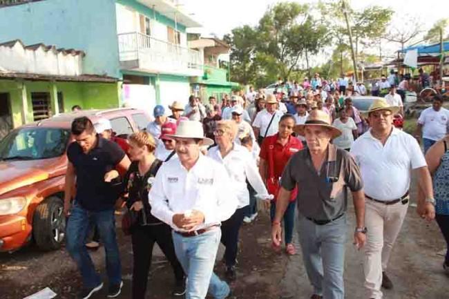 Votación masiva y defensa  del voto en las calles: EHC
