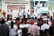 No más desigualdad,  promete Adán López
