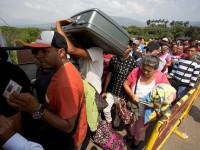 Huyen venezolanos