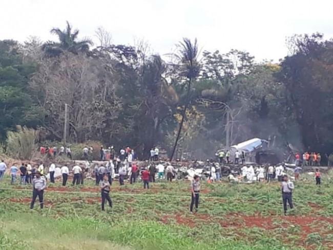 Mueren mexicanos  en avionazo en Cuba