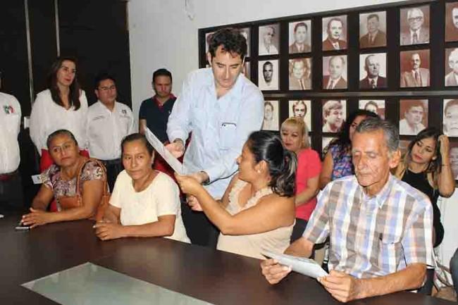 Arranca la entrega de tarjetas  'Avanzar Contigo' en Tabasco