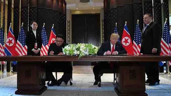 Kim y Trump firman un acuerdo bilateral