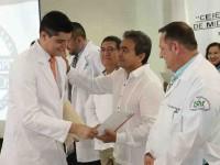 Concluyen internado 81 médicos, en el Rovirosa