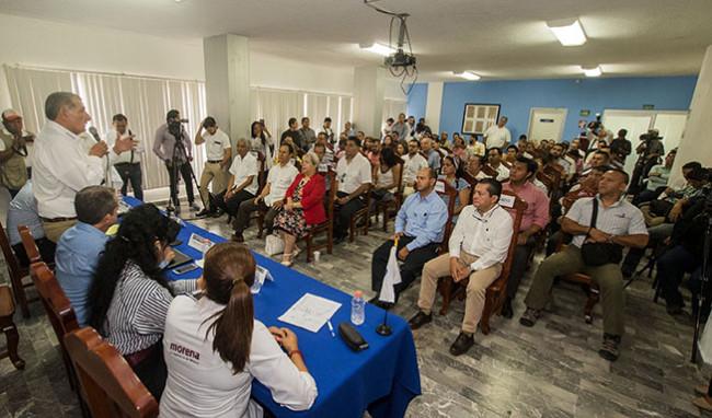 En unidad se superará  la crisis de Tabasco