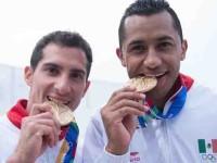 Pacheco y Ocampo se bañan de oro