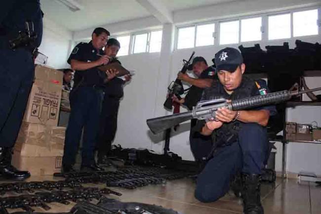 Regresa SSP mando y armamento a la policía municipal de Nacajuca