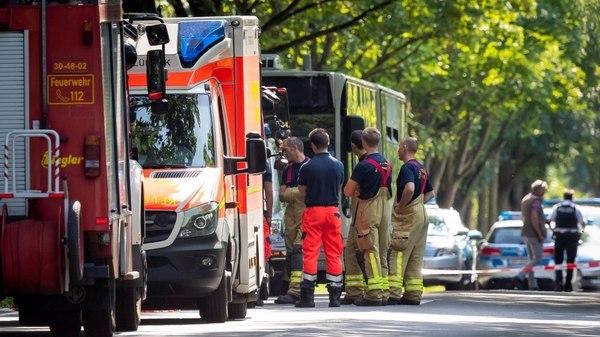 Ataque con cuchillo, 14 heridos