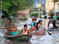 """Monzones"" continúan inundando a Birmania"