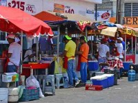 Emigran 150 ambulantes a otras entidades