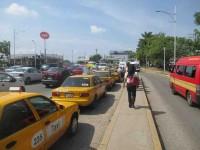 Deben taxis prestar servicios con clima