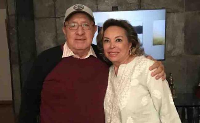Elba Esther Gordillo, libre y con su familia