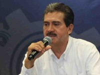 Feria Navideña en el Tomás  Garrido, anuncia: Evaristo