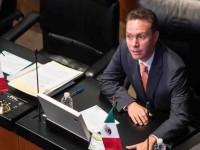 Recula Senado; otorga  licencia a Manuel Velasco