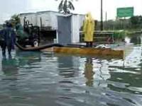 Lluvias afectan calles y viviendas