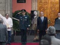 Democracia, asignatura pendiente: López Obrador
